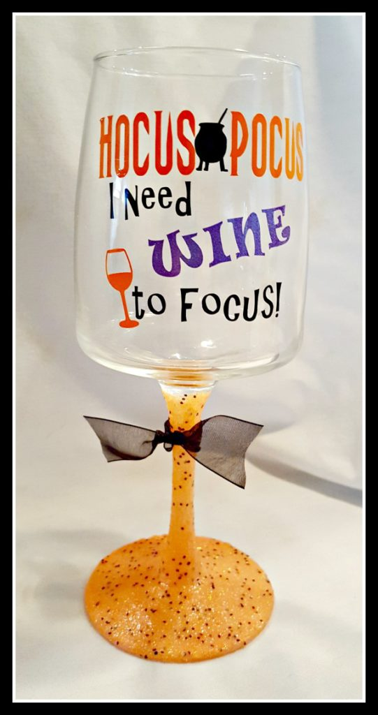 Halloween wine glass with glittered stem