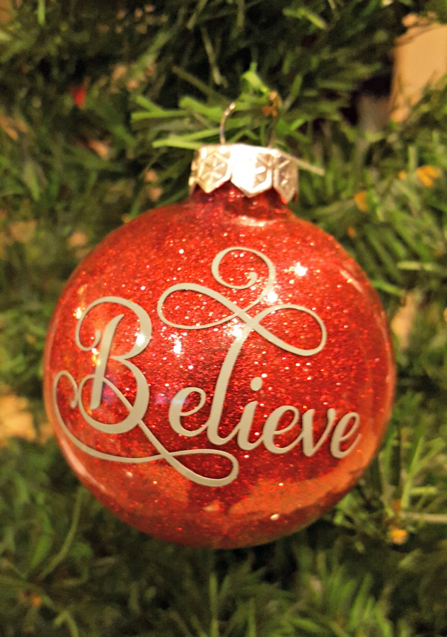 Learn How to Make Personalized DIY Glitter Ornaments ...