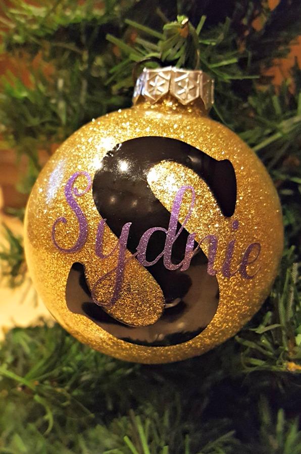 diy personalized glitter ornament tutorial