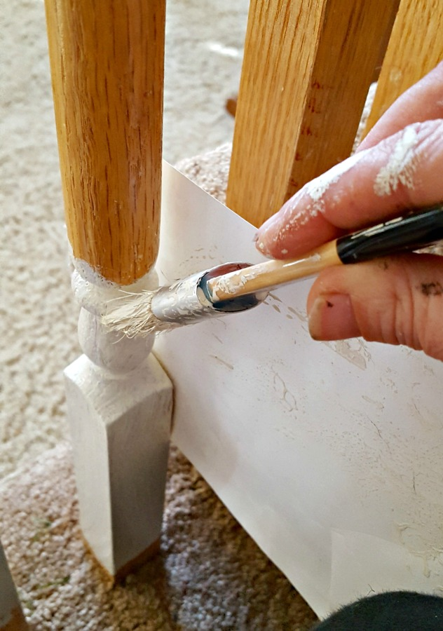 tips for painting spindles with chalk paint