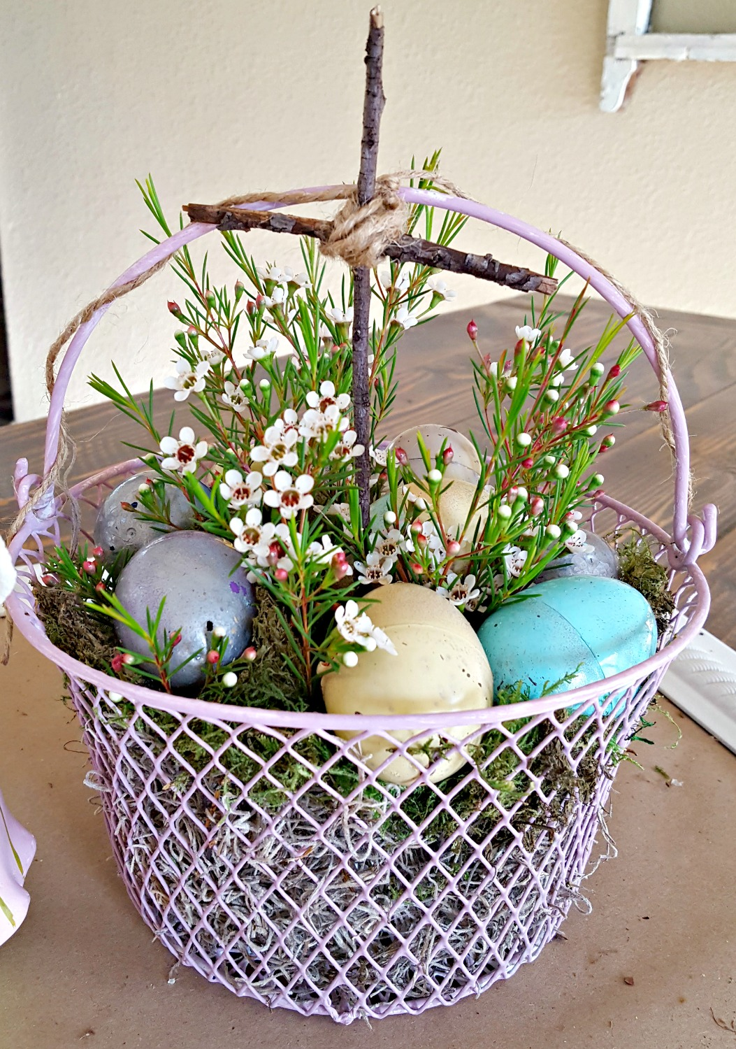 DIY Easter egg makeover tutorial