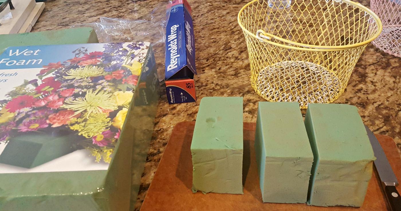 DIY Easter egg basket makeover tutorial