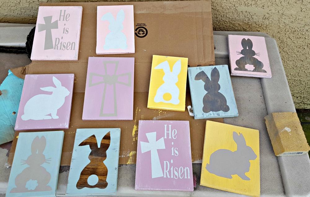 DIY Easter wood signs