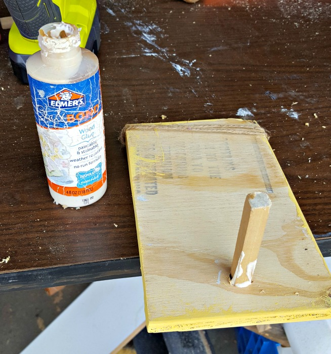DIY Easter standing wood sign table decor