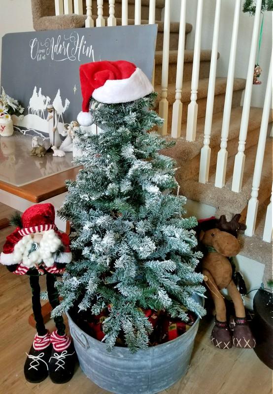 Christmas home decor snoflocked tree