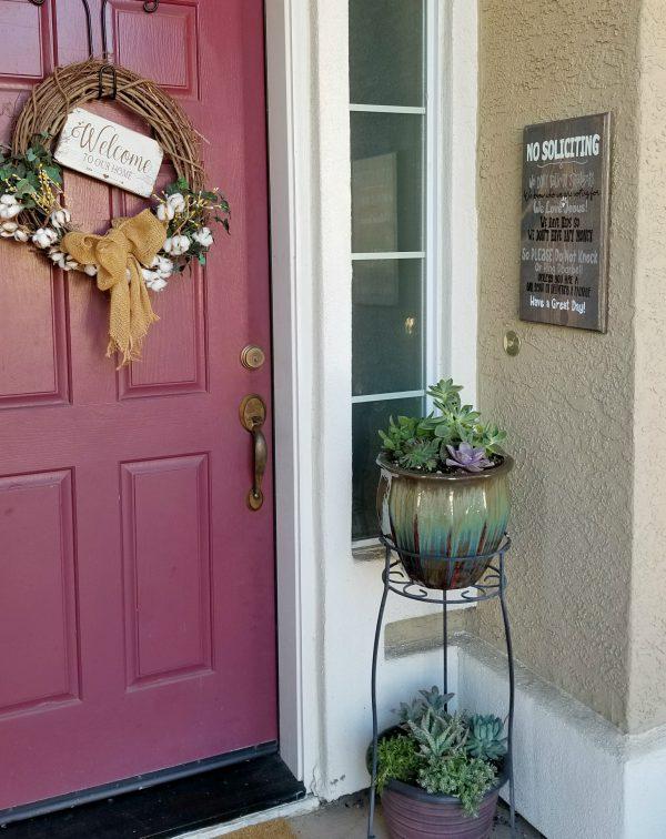 changeable front door wreath