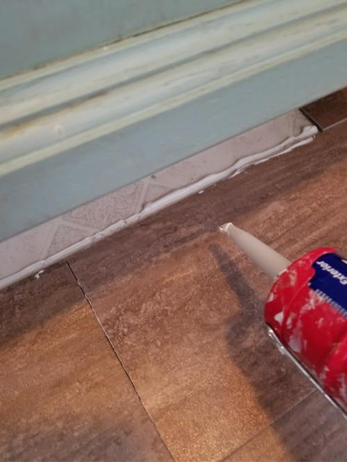 liquid nails on stick floor planks
