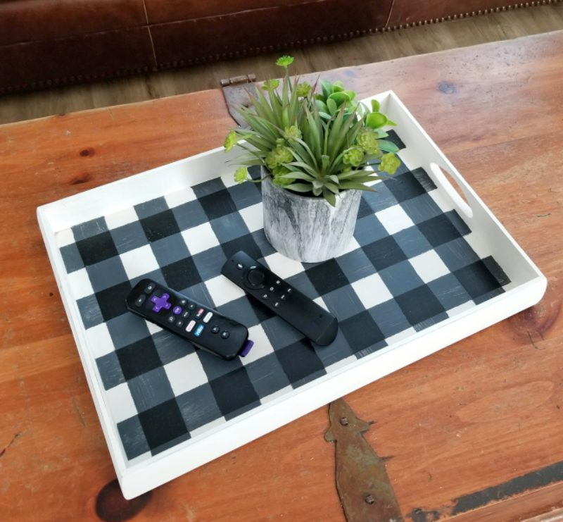 diy buffalo plaid decor