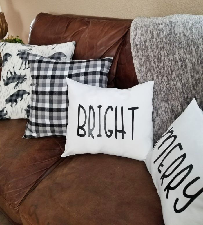 rae dunn christmas pillows diy pinterest