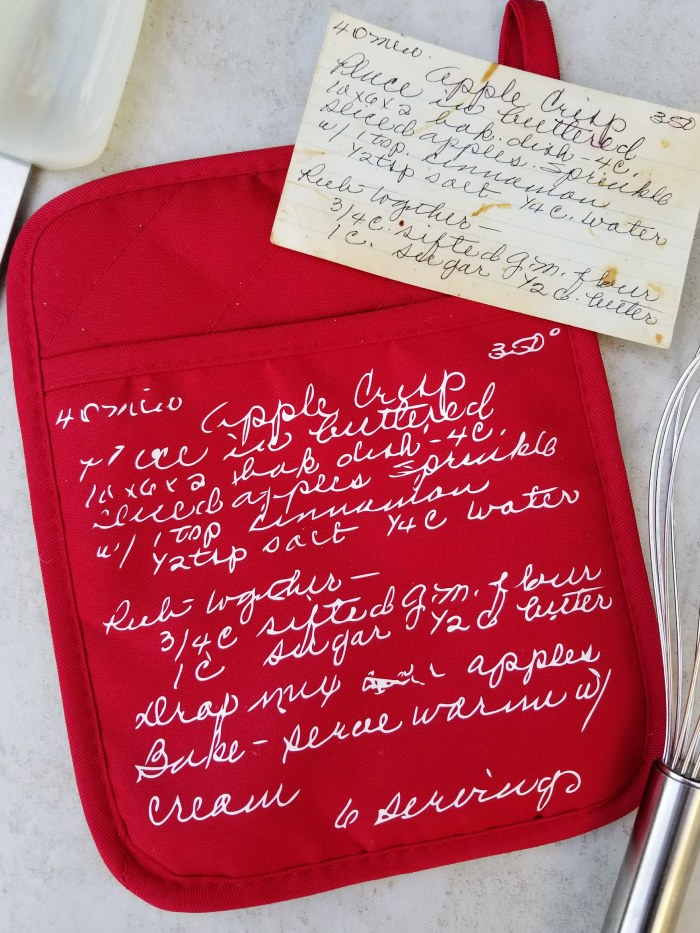 family recipe transferred to oven mitt with iron-on vinyl