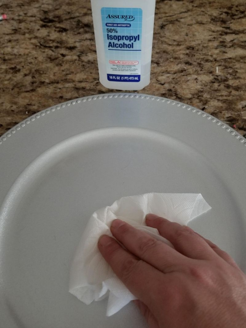 cleaning a plate for vinyl