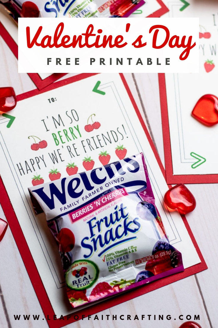 Free Valentine's printable! Attach fruit snacks to them to make a cute allergy free fruit snacks valentines for classmates. #valentines #printables #valentineprintables #fruitsnacks #diyvalentine