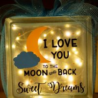 How to Decorate Glass Blocks with Vinyl: Cute Night Light!!