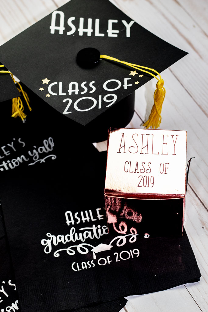 Cricut Graduation Party Ideas: Personalized Cap and Napkins!