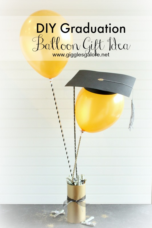 DIY Graduation Cap Balloon Gift
