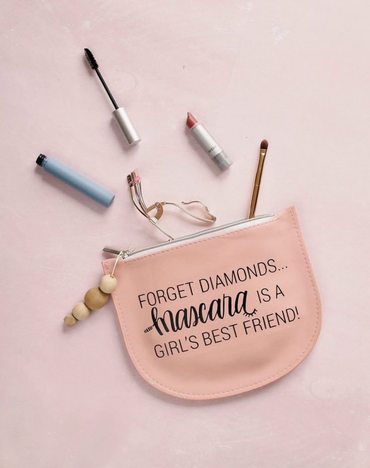 How to Make a Cute DIY Makeup Bag + Free Printable Template