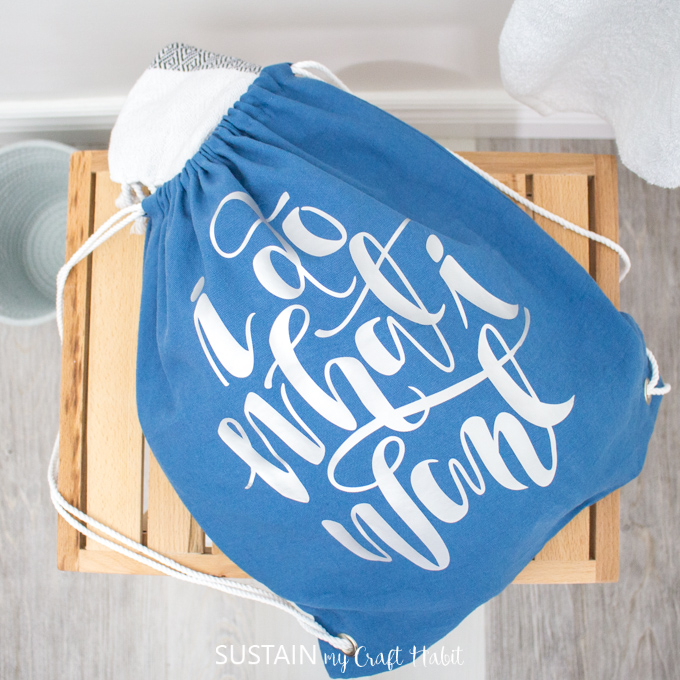 Using the Cricut EasyPress 2 on a Drawstring Bag