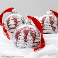Easy Ornament Updates – Make Plain Ornaments Gorgeous