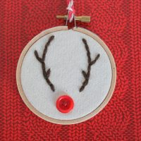 Reindeer Embroidery Hoop Ornament » Dragonfly Designs