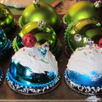 DIY Cupcake Christmas Ornament Tutorial