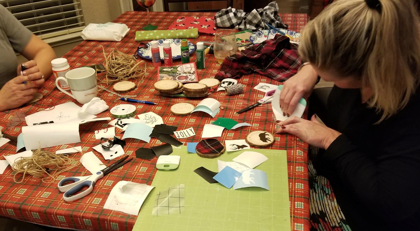 Holiday Party Ideas Make Your Own Ornament Craft Party Leap Of Faith Crafting
