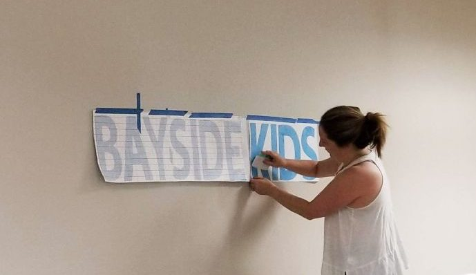 how to apply wall decals with transfer paper