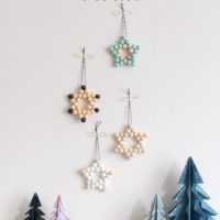 HOW TO MAKE WOODEN BEAD STAR CHRISTMAS DECORATIONS.