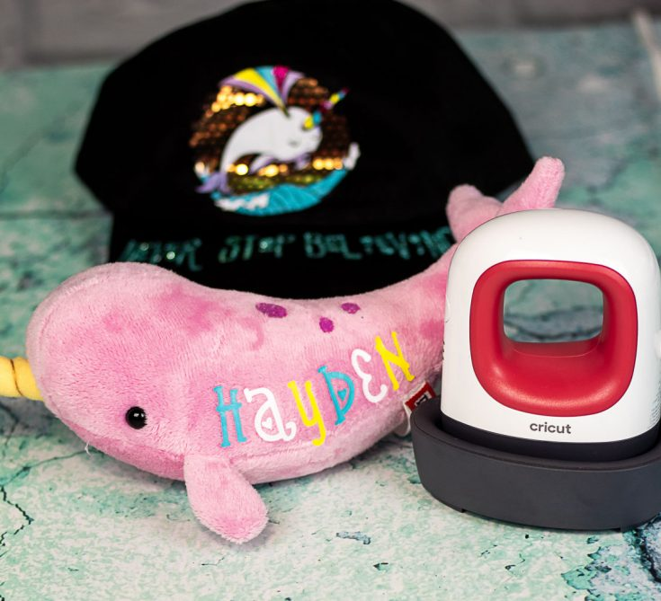Narwhal Gifts: Using the New Cricut EasyPress Mini!