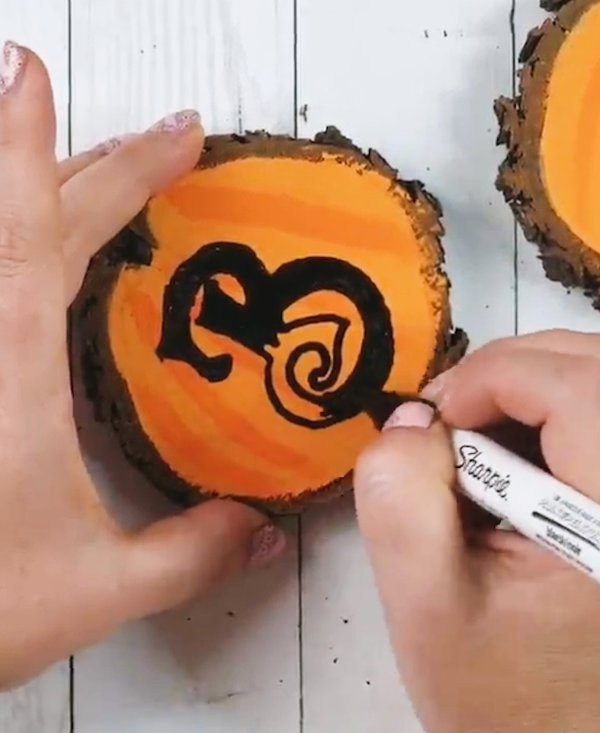 wood slice painting