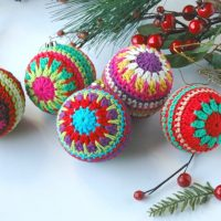 Christmas Baubles Free Pattern