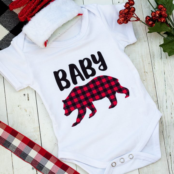 DIY Baby Bear Onesie With a FREE Baby Bear SVG File!