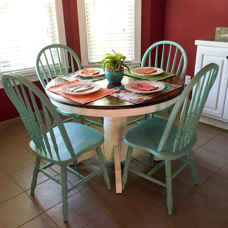 Turquoise and White Kitchen Table – Round Table Redo – The Gifted Gabber