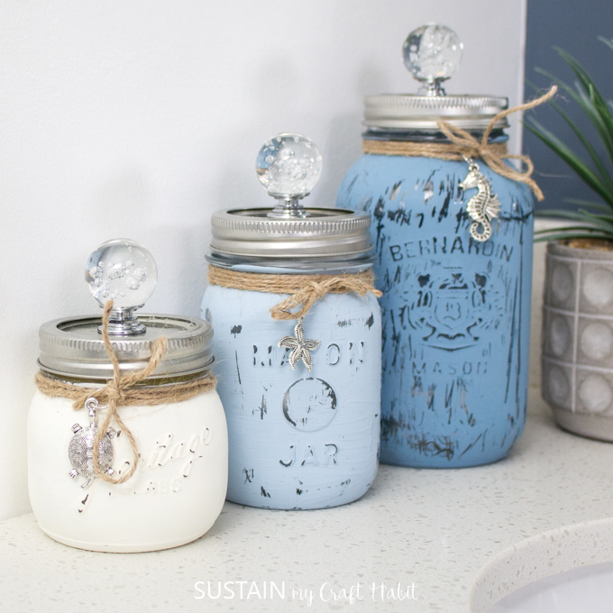 So pretty! Beachy painted mason jar containers
