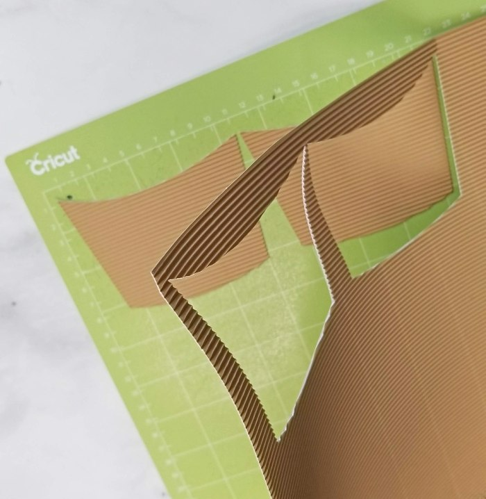 cricut corrugated cardboard coffee cup