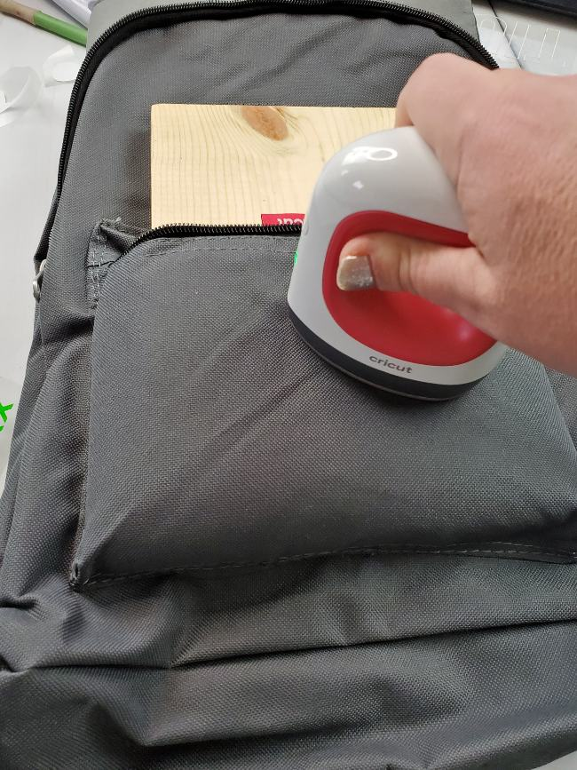 easy press on backpack