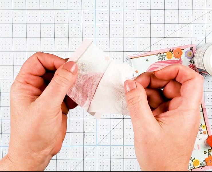 peeling napkins