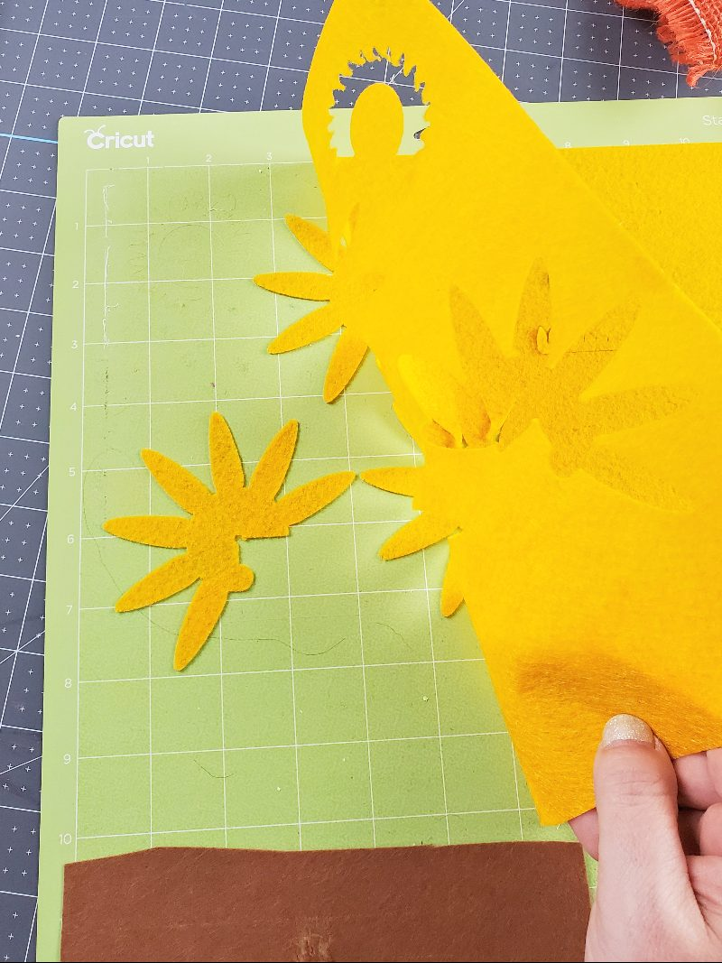 cricut felt flowers fall