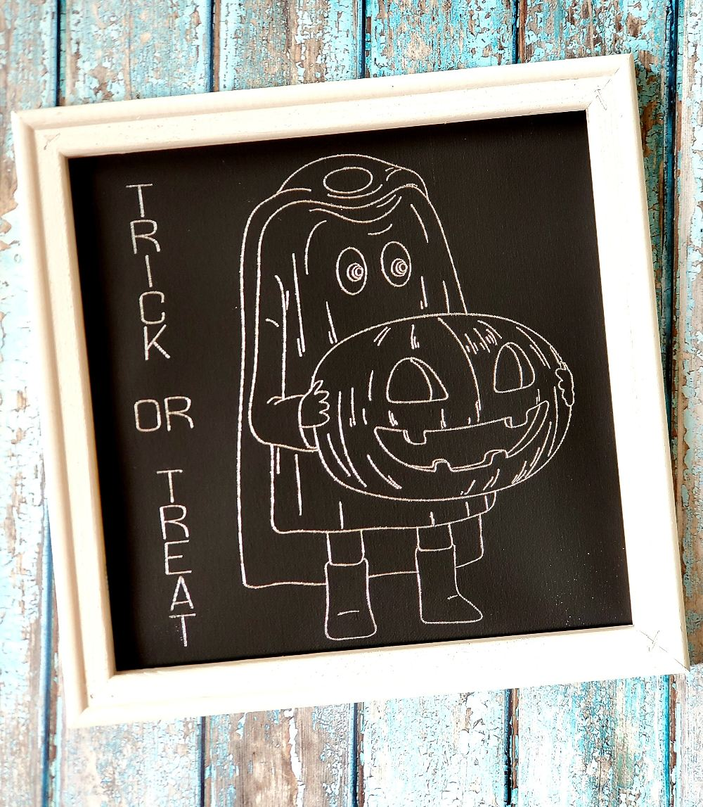 silver trick or treat wall decor