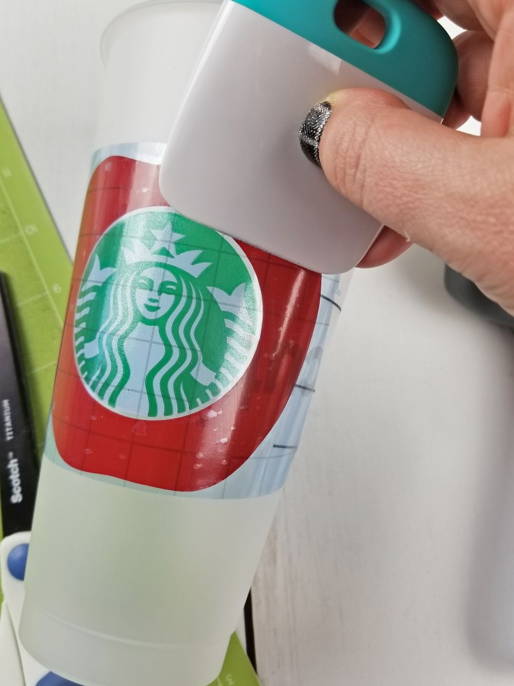how to customize starbucks cup