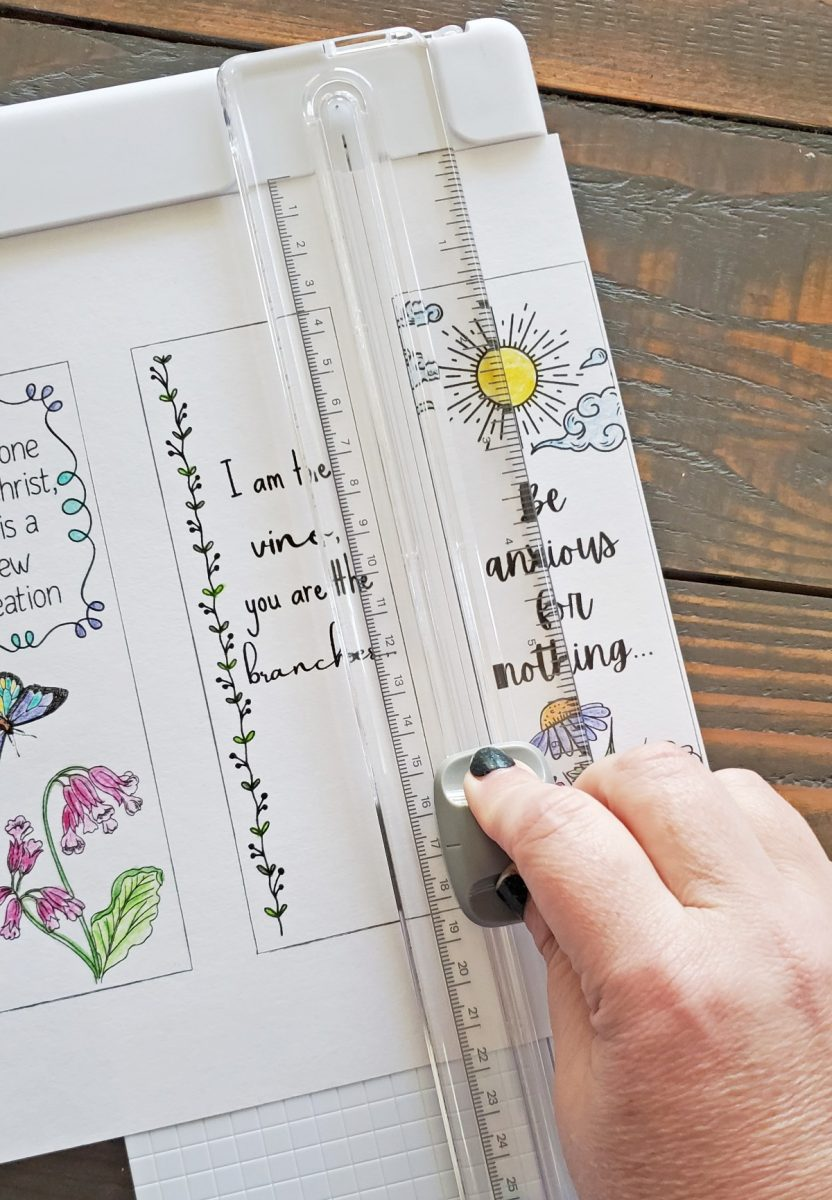 cutting printable bookmarks