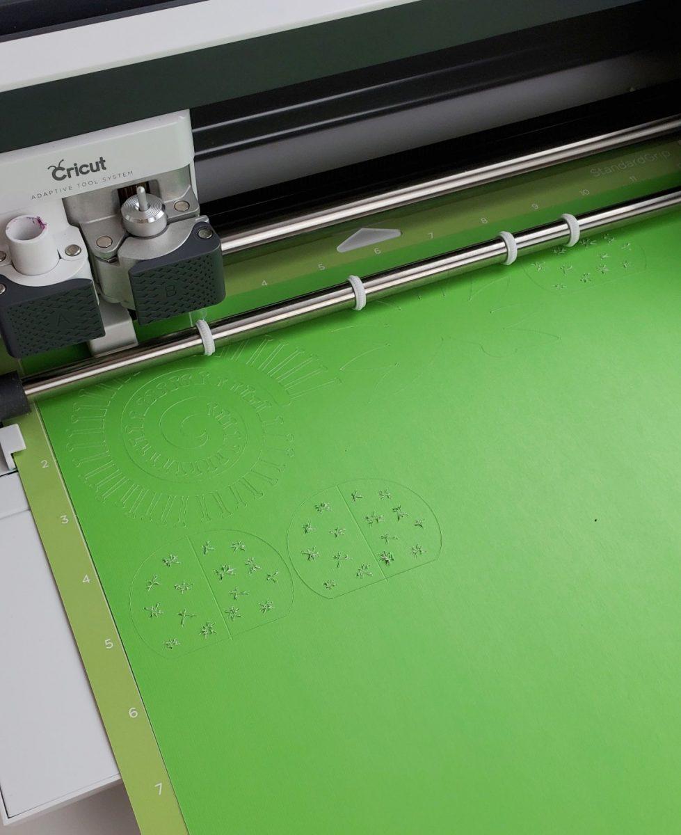 cutting cardstock for paper succulent cricut
