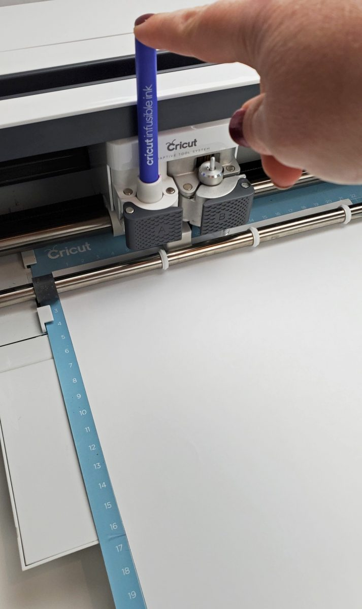 inserting infusible ink marker in cricut