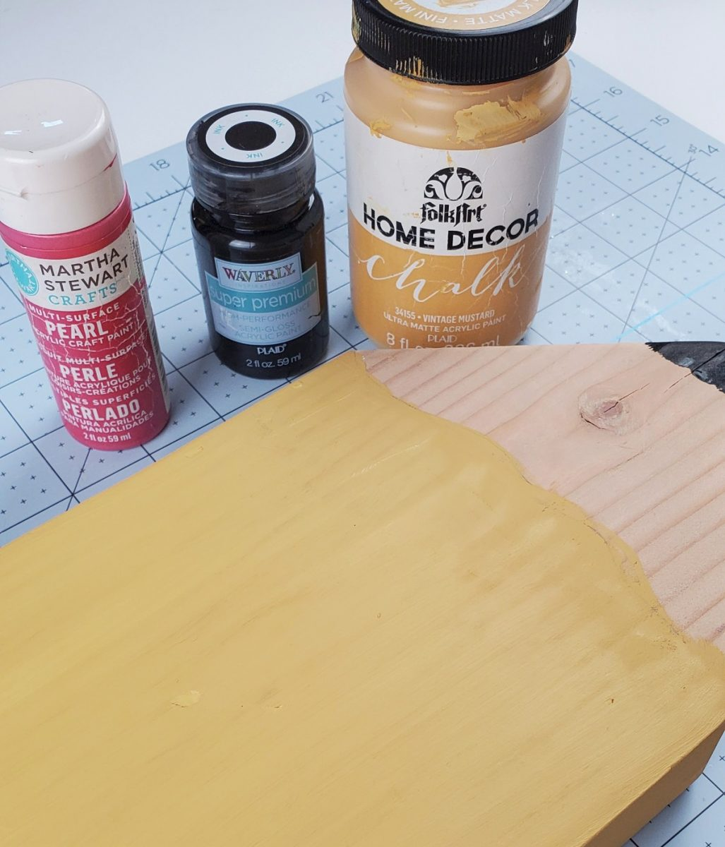 paint for wooden pencil sign