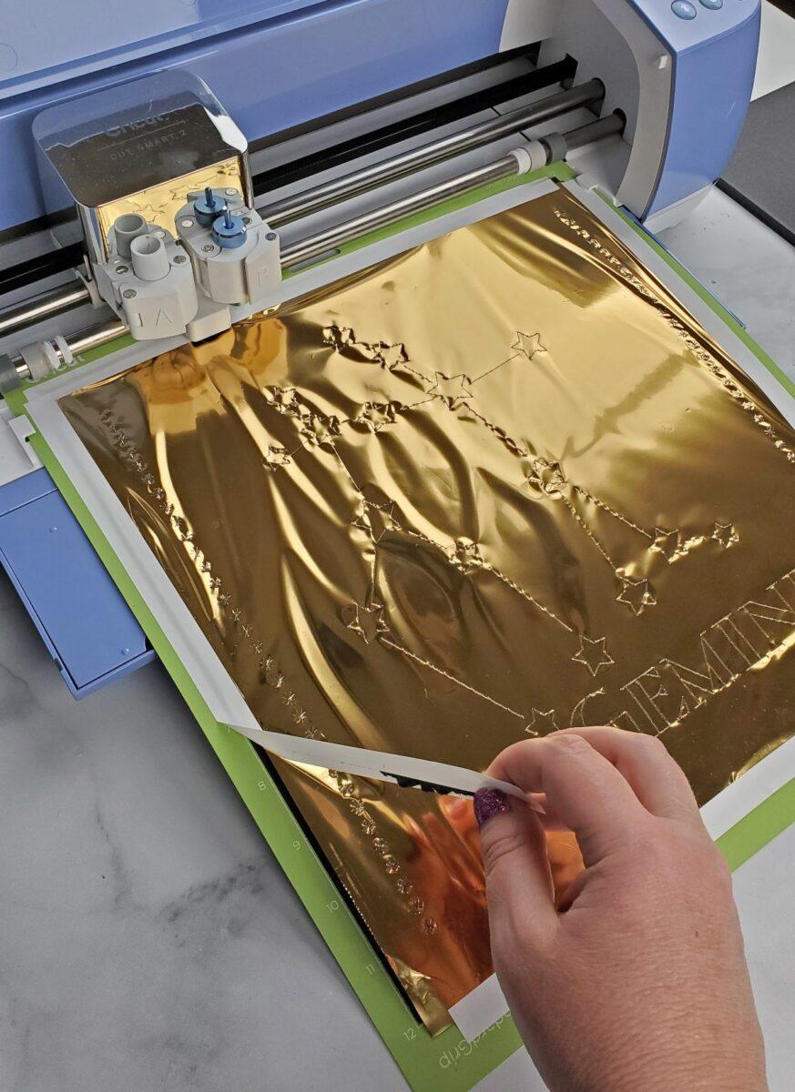 removing gold foil from cricut mat