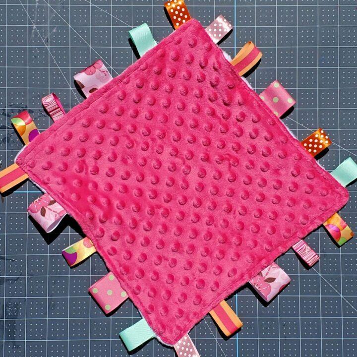 diy tag blanket baby