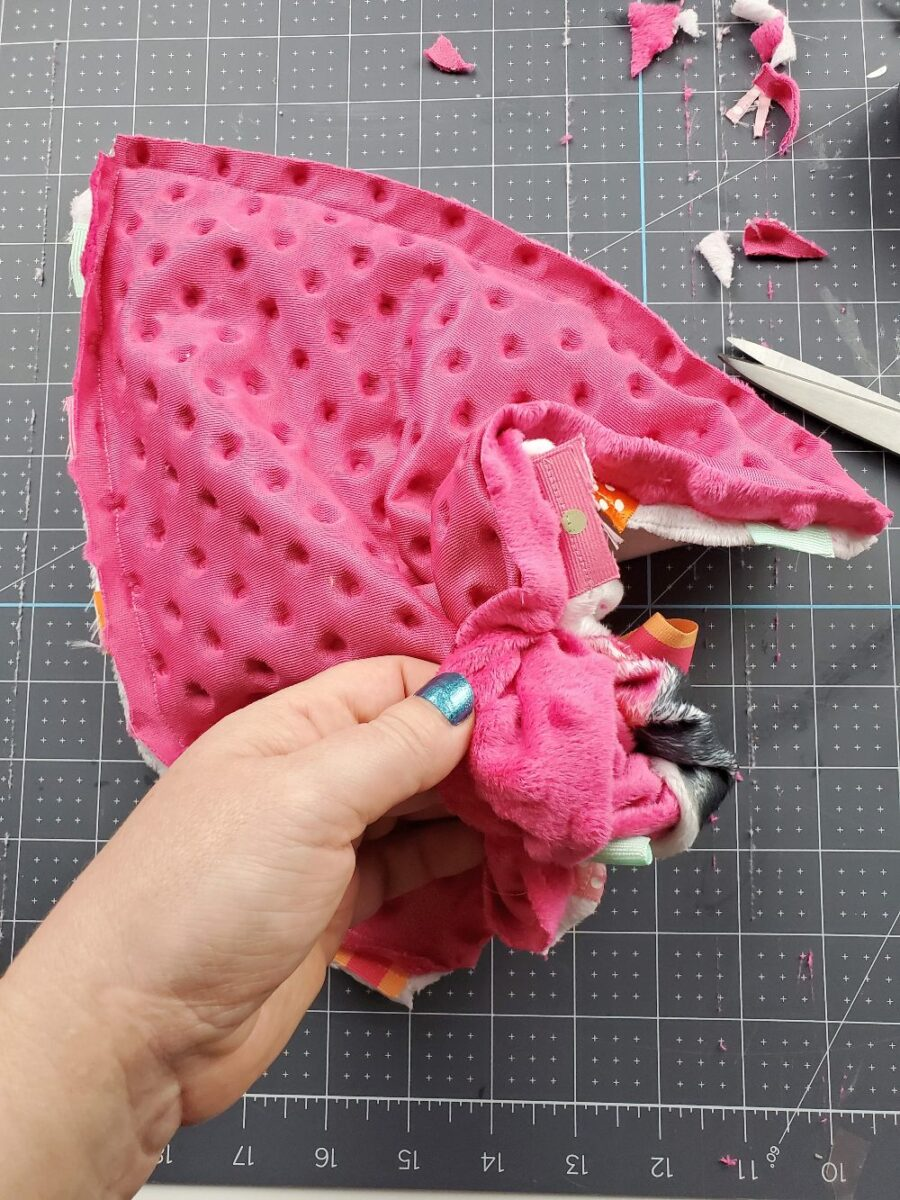 turning tag minky blanket right side