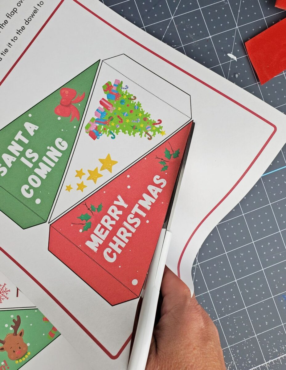 cutting printable holiday pennant
